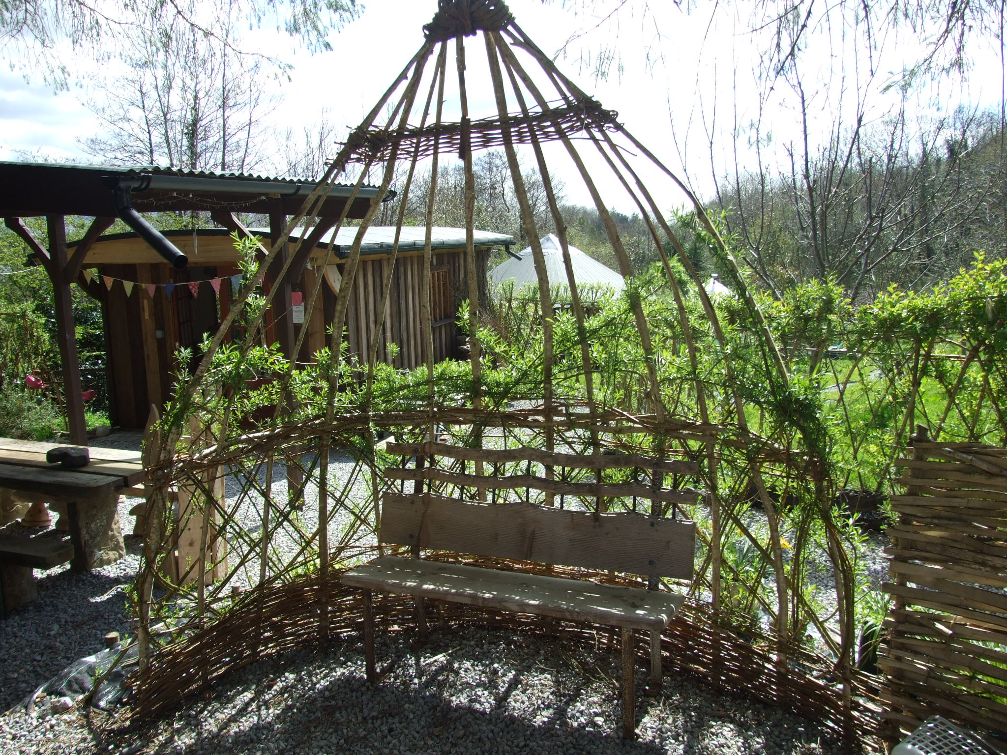 2015 Spring at Pink Apple Orchards Glampsite. Willow and Yurt surroundings (32)
